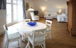 Stilvolle Ferienwohnung in Warnemünde für vier Personen