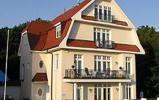 Ferienwohnung in restauriert Villa direkt in Warnemünde am Strand