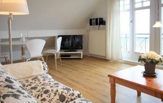 90 m² Ferienwohnung in Warnemünde direkt am Strand
